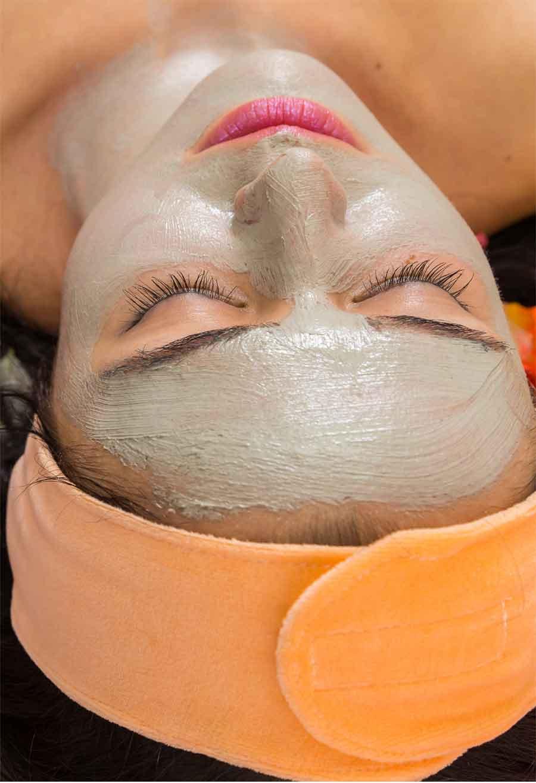 trattamento-viso4-centro-montesi.jpg